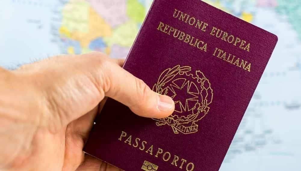 italian news passport