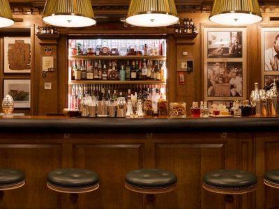 italian conversation bar